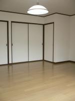 2F 10.5帖洋室(内装)